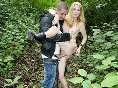 Blonde in park pickup sex movie