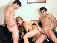 Latina Alex Threesome Banging