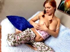 Admirable redhead young girlfriend Edith gives BJ