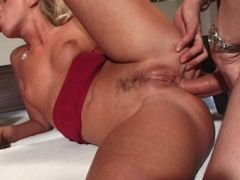 blondie tramp gets anally fucked